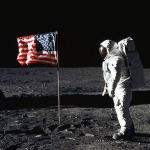 U SAD optužuju da film o Nilu Armstrongu nije dovoljno patriotski