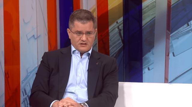 """Jeremić: Vučić će pokrasti izbore a međunarodna zajednica će okrenuti glavu od masovne krađe, """"jer žarko žele njegov potpis na kosovsku nezavisnost koji bi usledio""""."""