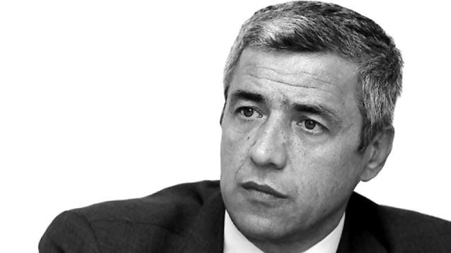 GODINA KOJA JE OGOLILA SVE: Talasanje u Vučićevoj zemlji meda i mleka