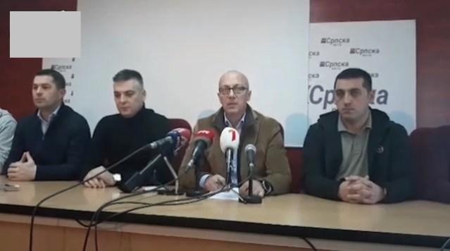 Srbi zatvoreni u kosovsku skupštinu traže sastanak sa Johanesom Hanom