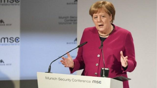"""Merkel: """"Svetski poredak se raspada, moramo se boriti za Evropu"""""""