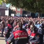 Antivladin protest u Tirani prerastao u nasilje (VIDEO)