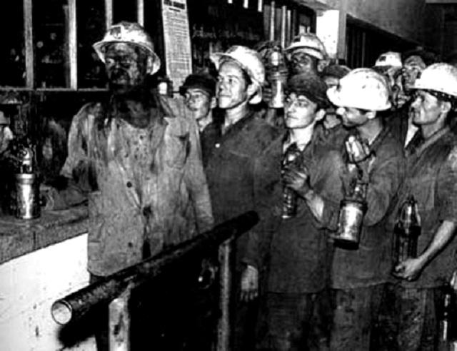 Rudnik je naš - Prvi antifašistički ustanak u svetu