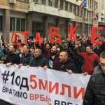Protest u Beogradu: Demonstranti se okupljaju, u Skupštini Srbije policija (UŽIVO)