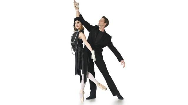 """Baletski performans """"La Vie Parisienne"""" u izvođenju plesača iz Italije i beogradskog Narodnog pozorišta"""