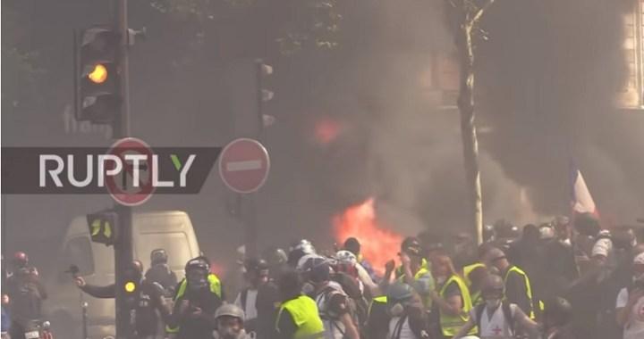 Žuti prsluci ogorčeni zbog ogromnih donacija za Notr Dam. Uhapšeno 126 protestanata (VIDEO)