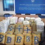 VOZIO 350 KILA MARIHUANE ZA CG: Kada ga je policija pitala o 17 torbi, rekao da je u njima SPORTSKA OPREMA (FOTO)