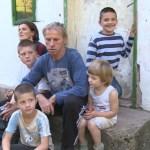 Šestočlanoj porodici Marić iz Šekovića hitno potrebna pomoć!