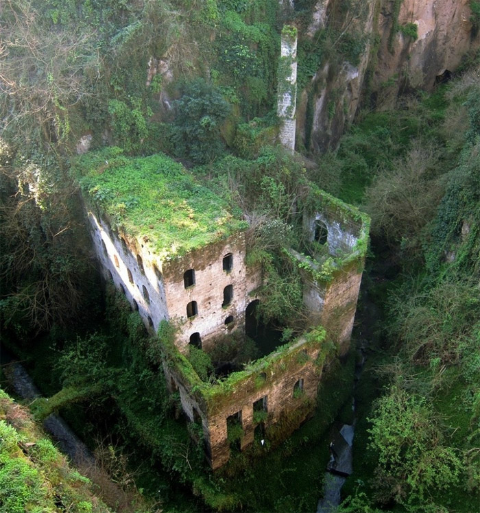 23 - Abandoned-mill-sorrento