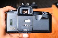 Canon EOS Kiss สีดำ พร้อมเลนส์ Canon 28 - 80mm (7)