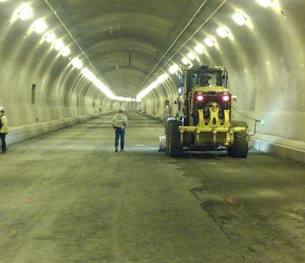 Job 157 - Caldecott Tunnel Grading & Underground