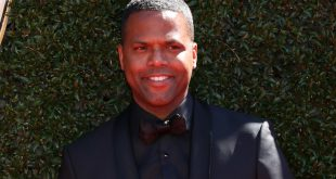 AJ Calloway Steps Down from EXtra