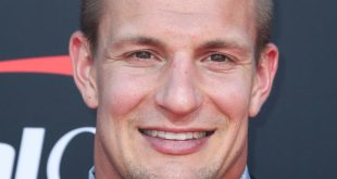 Gronk Saves Money