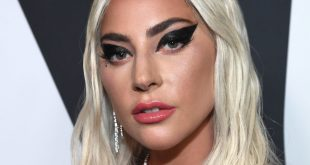 Lady Gaga To Headline Superbowl Show