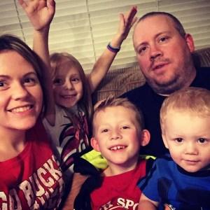 Man kills wife and kids