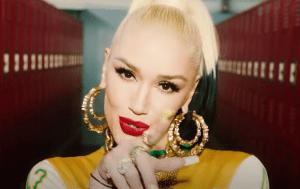 Gwen Stefani (Slow Clap Music Video screenshot)