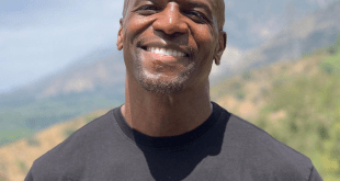 Terry Crews (Selfie)