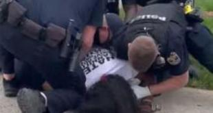 louisville police assaulting protestor