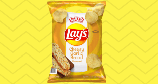 "Lay's ""Cheesy Garlic Bread"" Flavored Chips Are Back"