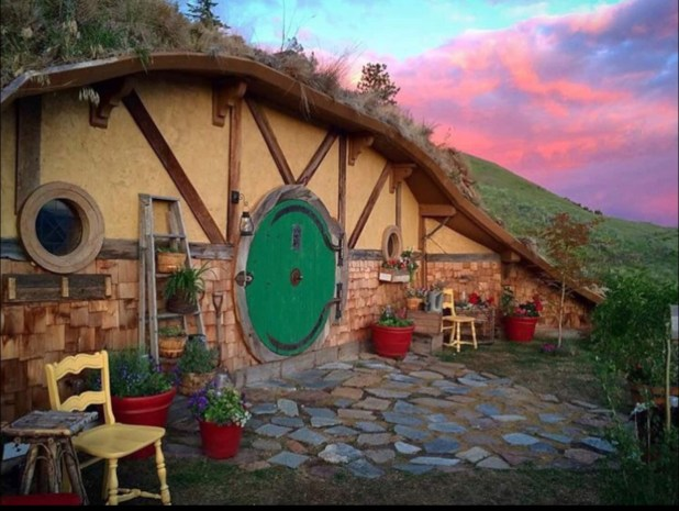Ten Of The Most Unique Airbnb Listings