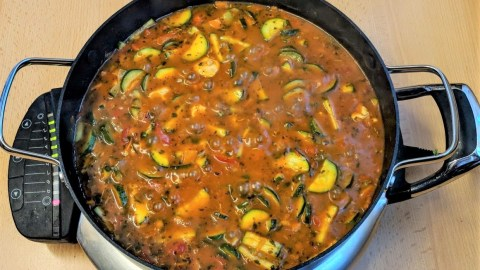 Gesunde Zucchini-Pfanne