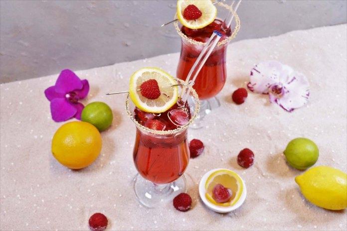 Bacardi Razz mit Himbeeren Rezept