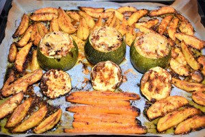 Sheet Pan Dinner mit ganzer Zucchini