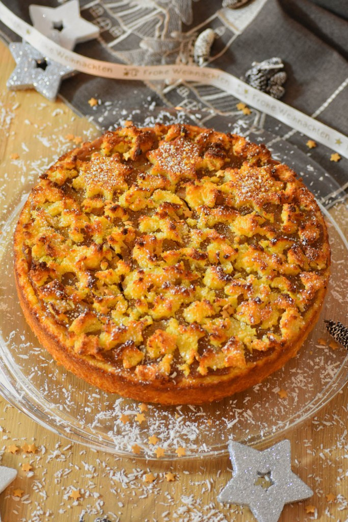 Polenta Kokos Kuchen mit Kaki Marzipan