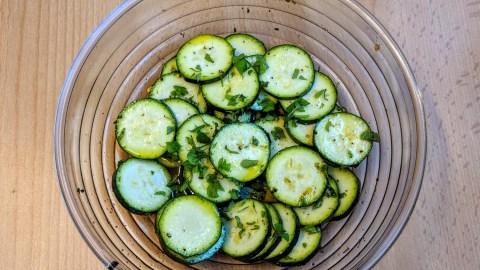 Gnocchi Salat mit gebratenem Gemüse Schritt 1