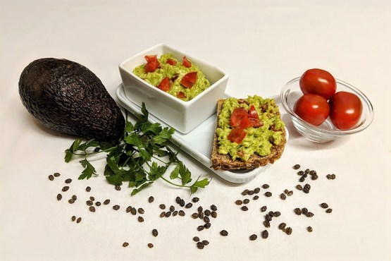 Gesunder Avocado-Brotaufstrich Rezept