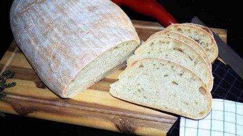Brot backen mit Sauerteighefe,