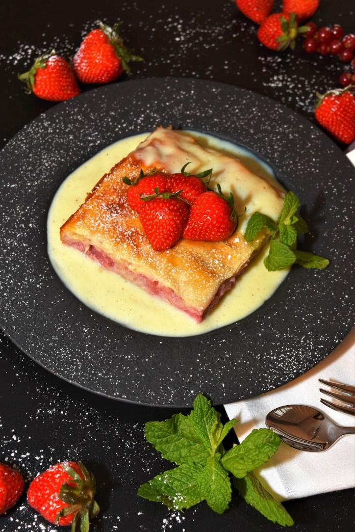 Schichtkuchen mit Joghurt-Erdbeeren Gesund
