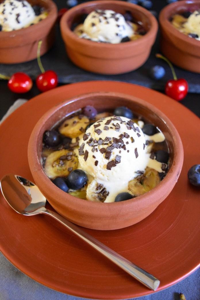Gegrillte Ananas mit Heidelbeeren-Grillrezepte-BallesWorld