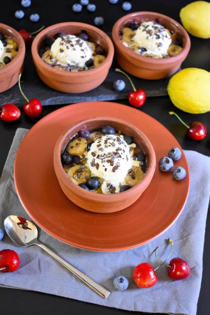 Gegrillte Ananas mit Heidelbeeren-Obst Grillen-BallesWorld