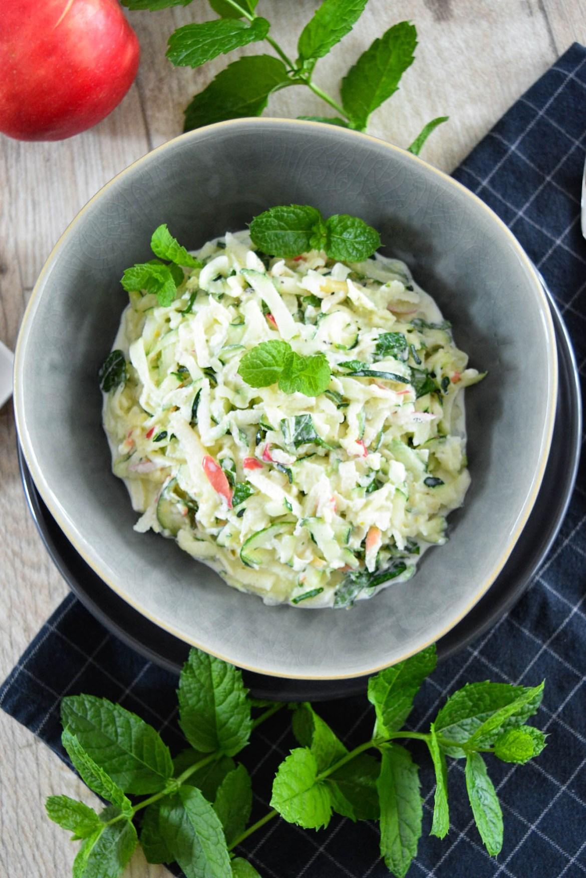 Geschmackvoller Zucchinisalat-Salat zum Grillen-BallesWorld