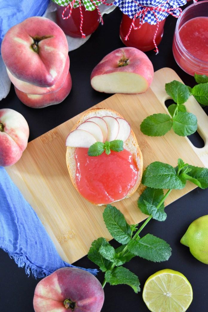 Pfirsichmarmelade mit Weinbergpfirsichlikör-Brotaufstrich-BallesWorld