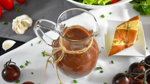 Tomaten-Balsamico Dressing-Anrichten-BallesWorld