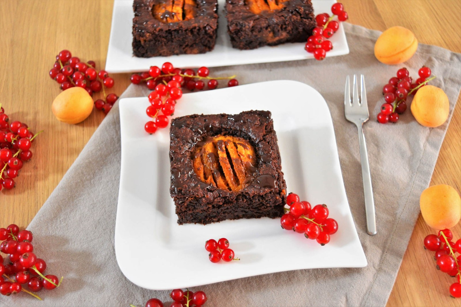 Schoko Brownies mit Aprikosen-Rezept-ballesworld