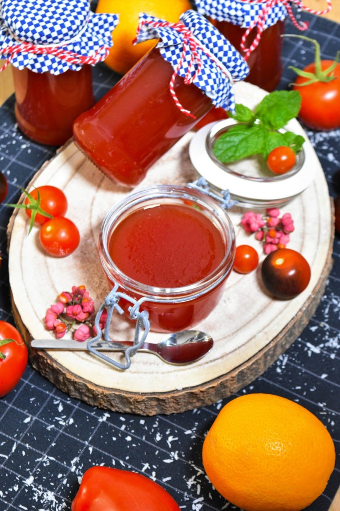 Tomatenmarmelade mit Orange-Aufstrich-ballesworld