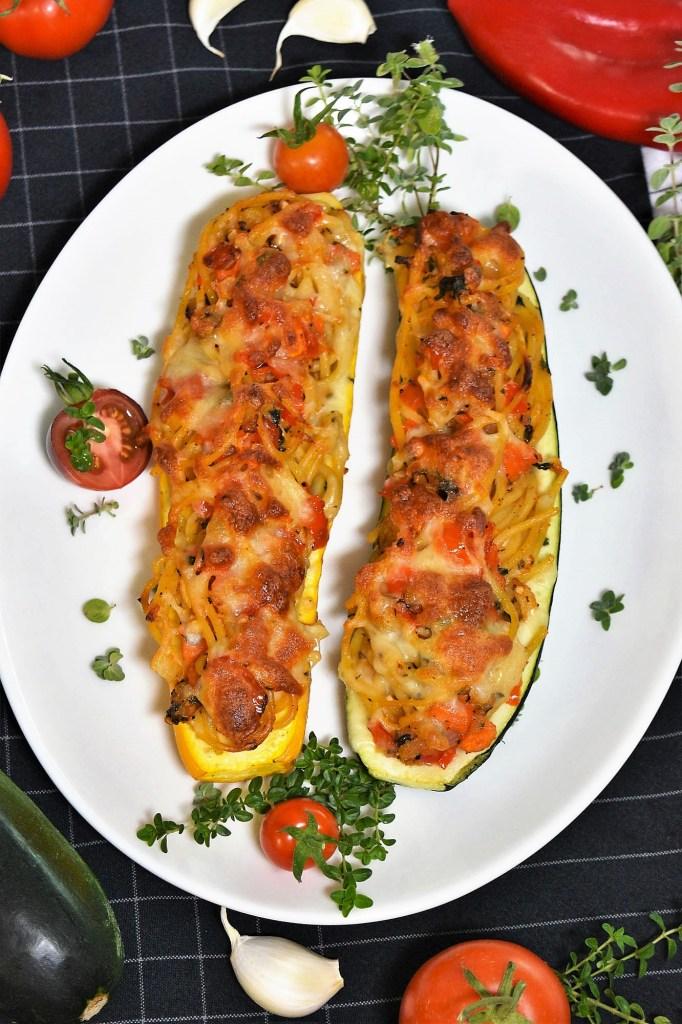 Überbackene Zucchini mit Spaghetti Füllung-Gesund-ballesworld