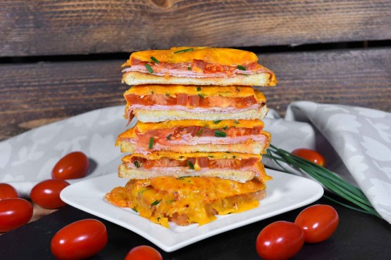 Überbackener Toast mit Tomaten und Käse-Rezept-ballesworld