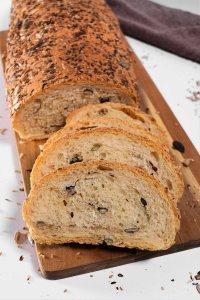 Brot mit Körnerfüllung-Gesund-ballesworld