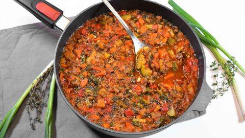 Zucchini Auberginen Pfanne-Anrichten-ballesworld