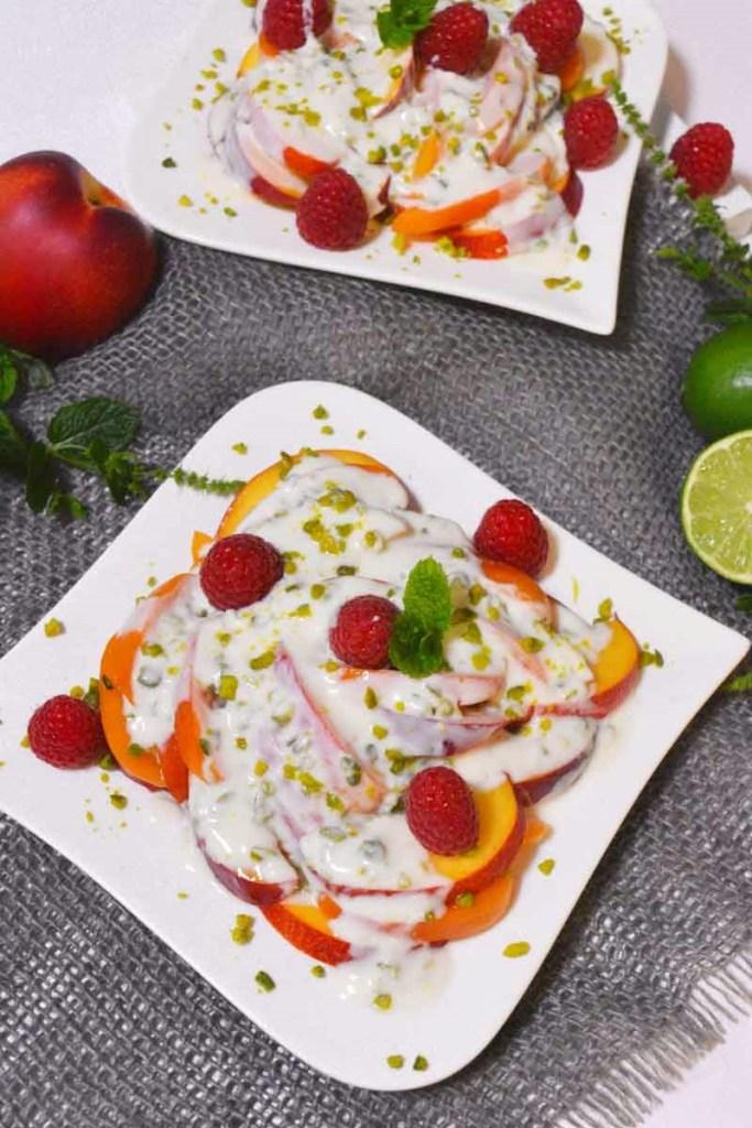 Aprikosen Nektarinen Salat mit Joghurtdressing-Gesund-ballesworld