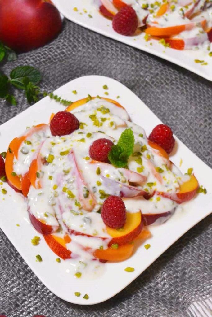 Aprikosen Nektarinen Salat mit Joghurtdressing-Vegetarisch-ballesworld