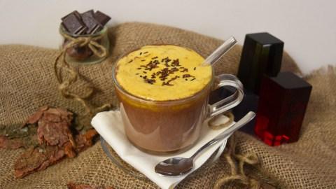 Heiße Schokolade mit Sanddornhaube-Anrichten-ballesworld
