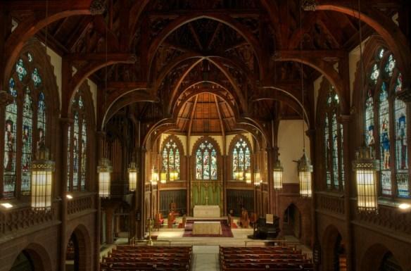 Holy-Trinity-Episcopal-Church-nave (1)