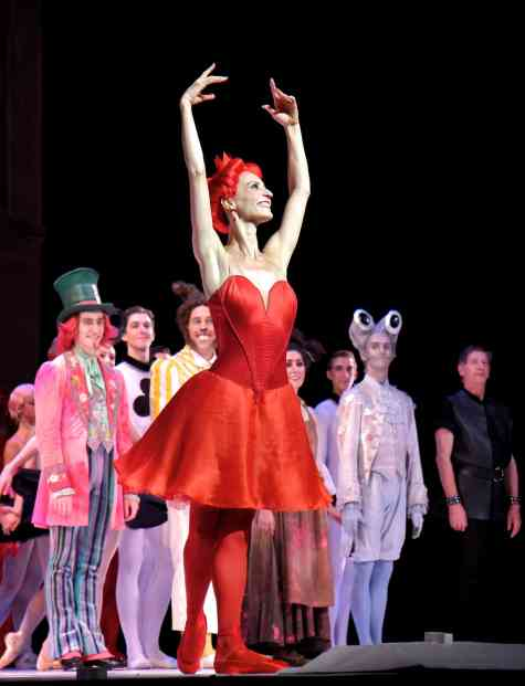 Greta-Hodgkinson-National-Ballet-of-Canada-9-13-14
