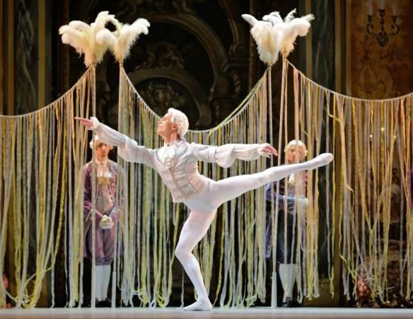 Leonid-Sarafanov-Mikhailovsky-Ballet-Flames-of-Paris-11-11-14