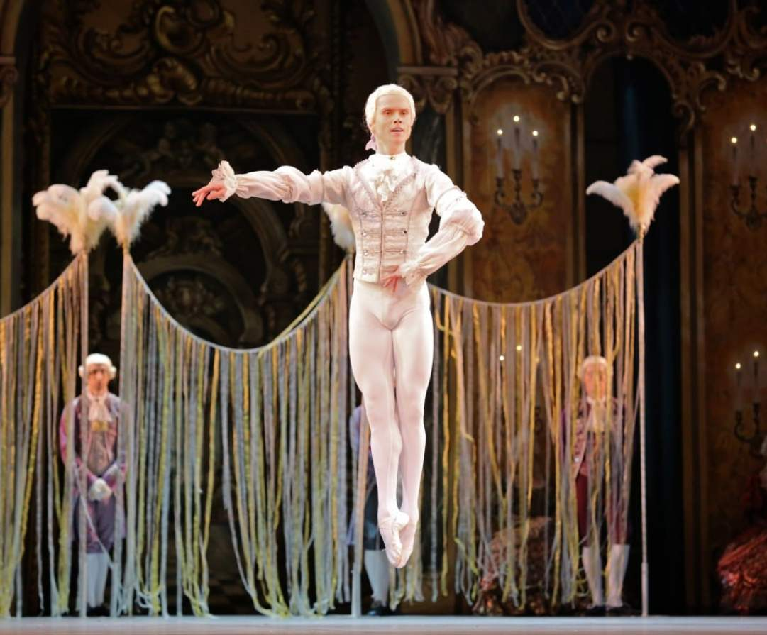 Leonid-Sarafanov-Mikhailovsky-Ballet-Flames-of-Paris-11-14-14c